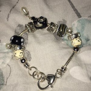 pandora bracelet with many charms